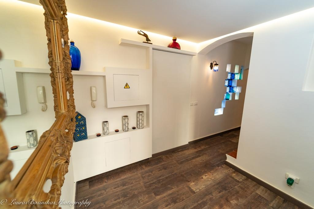 room-gallery